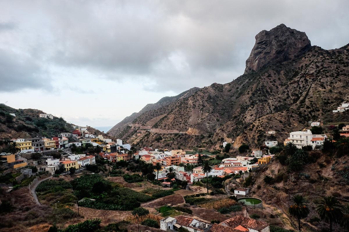 La Gomera: Vista del pueblo de Vallehermoso. Foto: Hugo Palotto