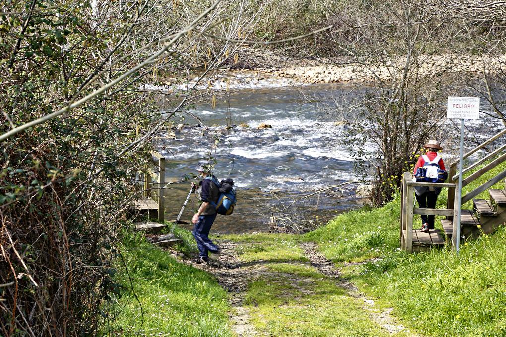 Caminante no hay camino... más chulo que el del río Nansa.