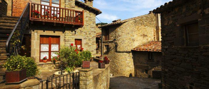 Pueblo medieval de la comarca de l'Alt Urgell.