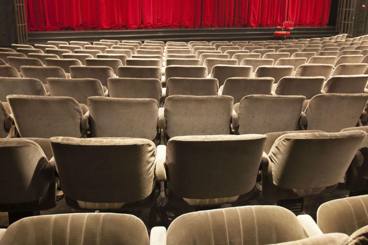 Salas pequeñas de teatro.