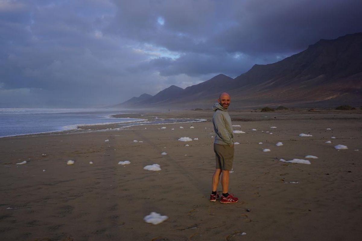En la playa de Cofete, en pleno Parque Natural de Jandía, en Fuerteventura. Foto: Instagram
