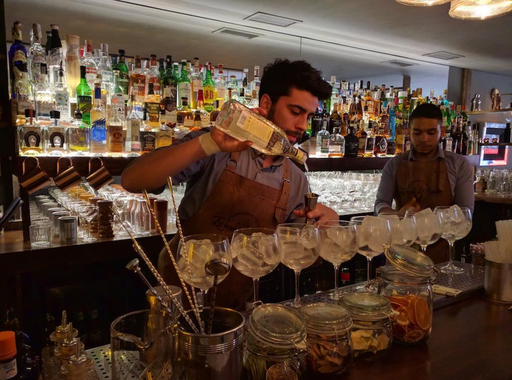 Los gin-tonics de 'La mula de Moscú', insuperables. Foto: José A. López Inchaurbe.