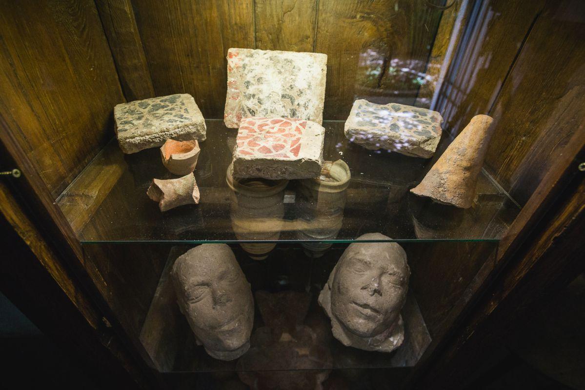 El II Marqués de Viana era un apasionado de la Arqueología y el palacio cuenta con importantes colecciones.