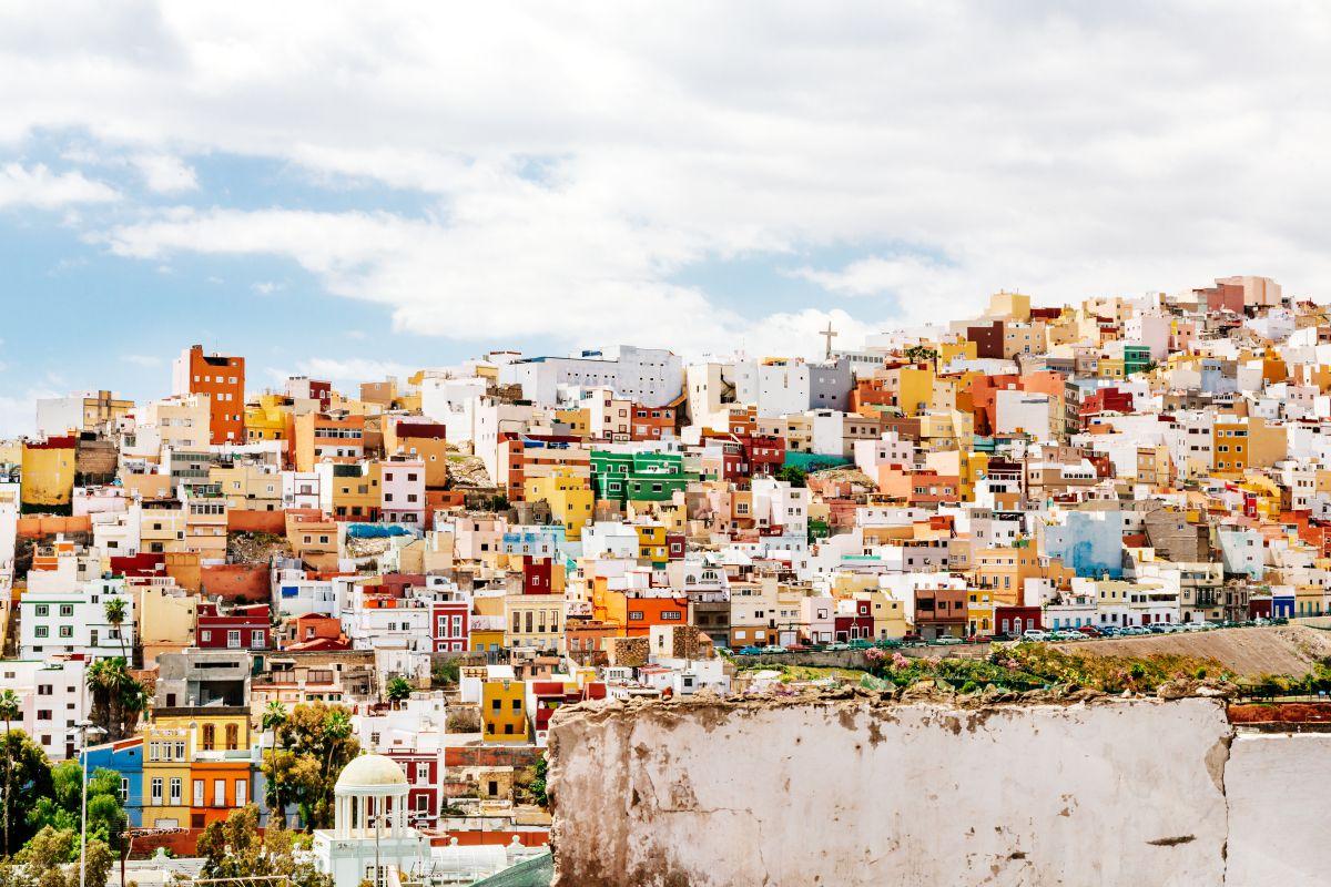 Las casas de colores del risco de San Juan, en la capital.