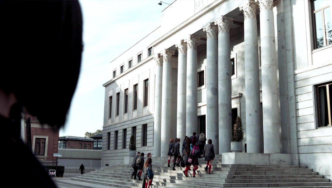 La fachada del CSIC, que recrea la Casa de Moneda y Timbre, es territorio 'instagramer' para los seguidores de la serie. Foto: Vancouver Media / A3 TV.