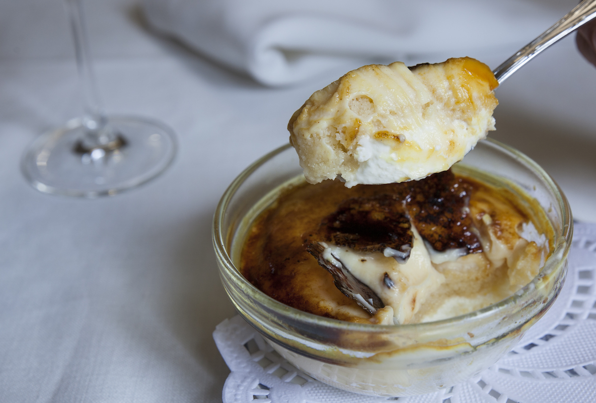 El delicado postre goxua, con tres capas: nata, bizcocho y crema