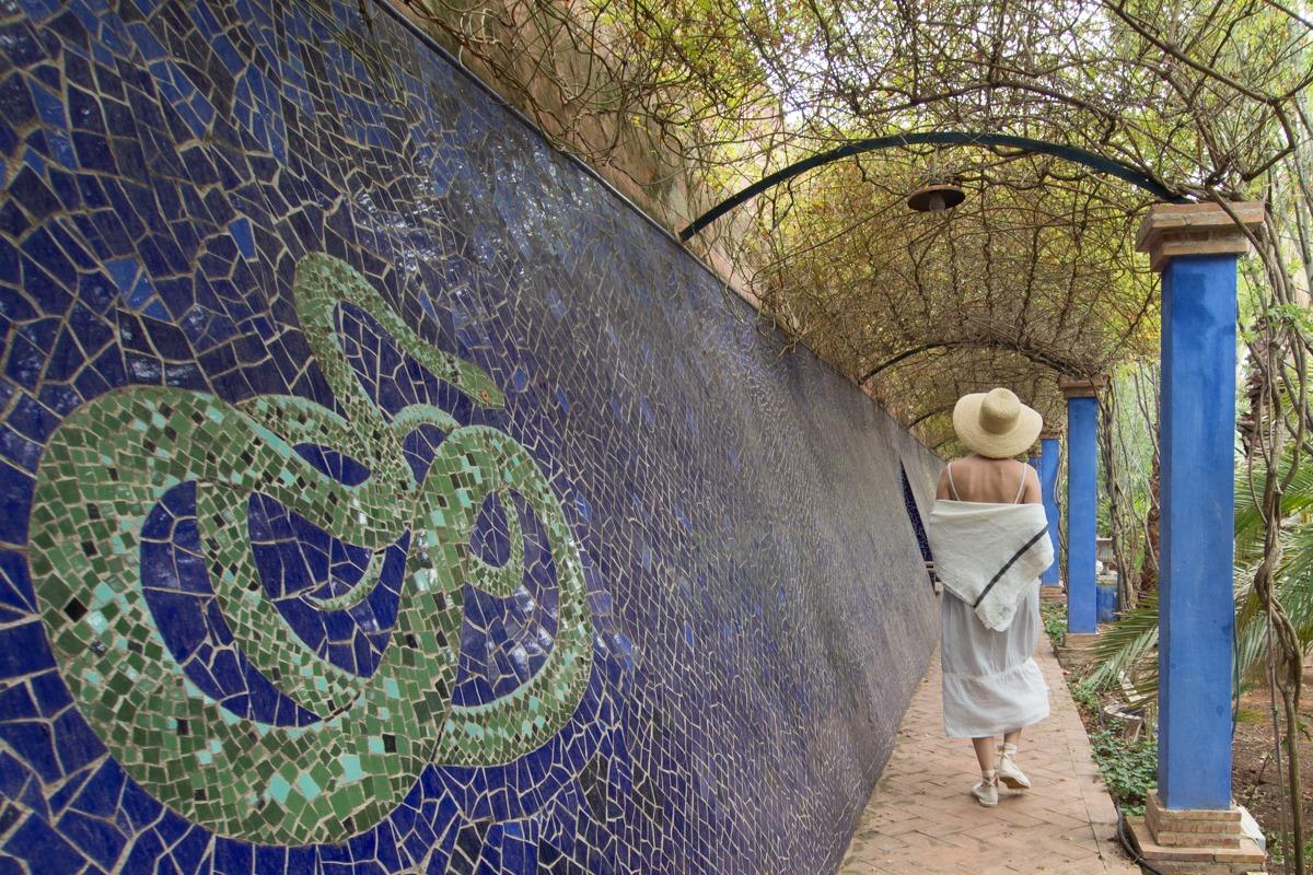 Los mosaicos de cerámica, de Cento Yuste, representan especies autóctonas.