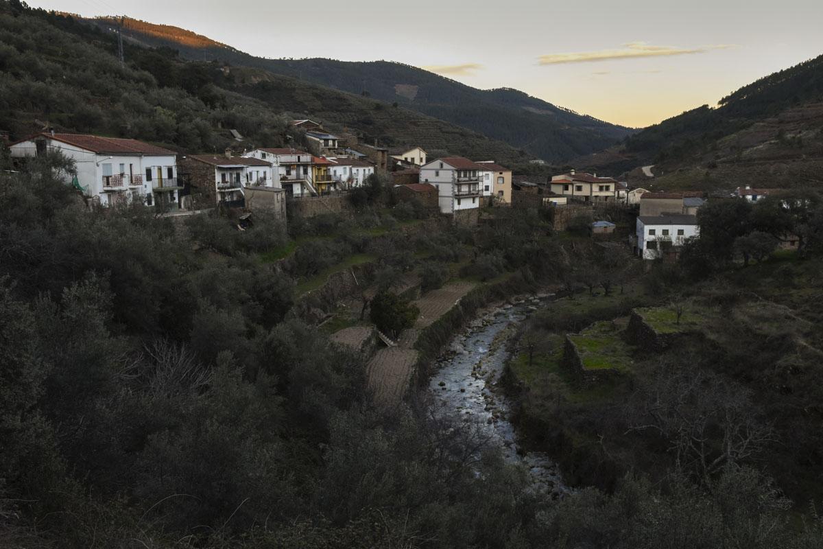 El río Hurdano a su paso por la alquería Casarrubia.