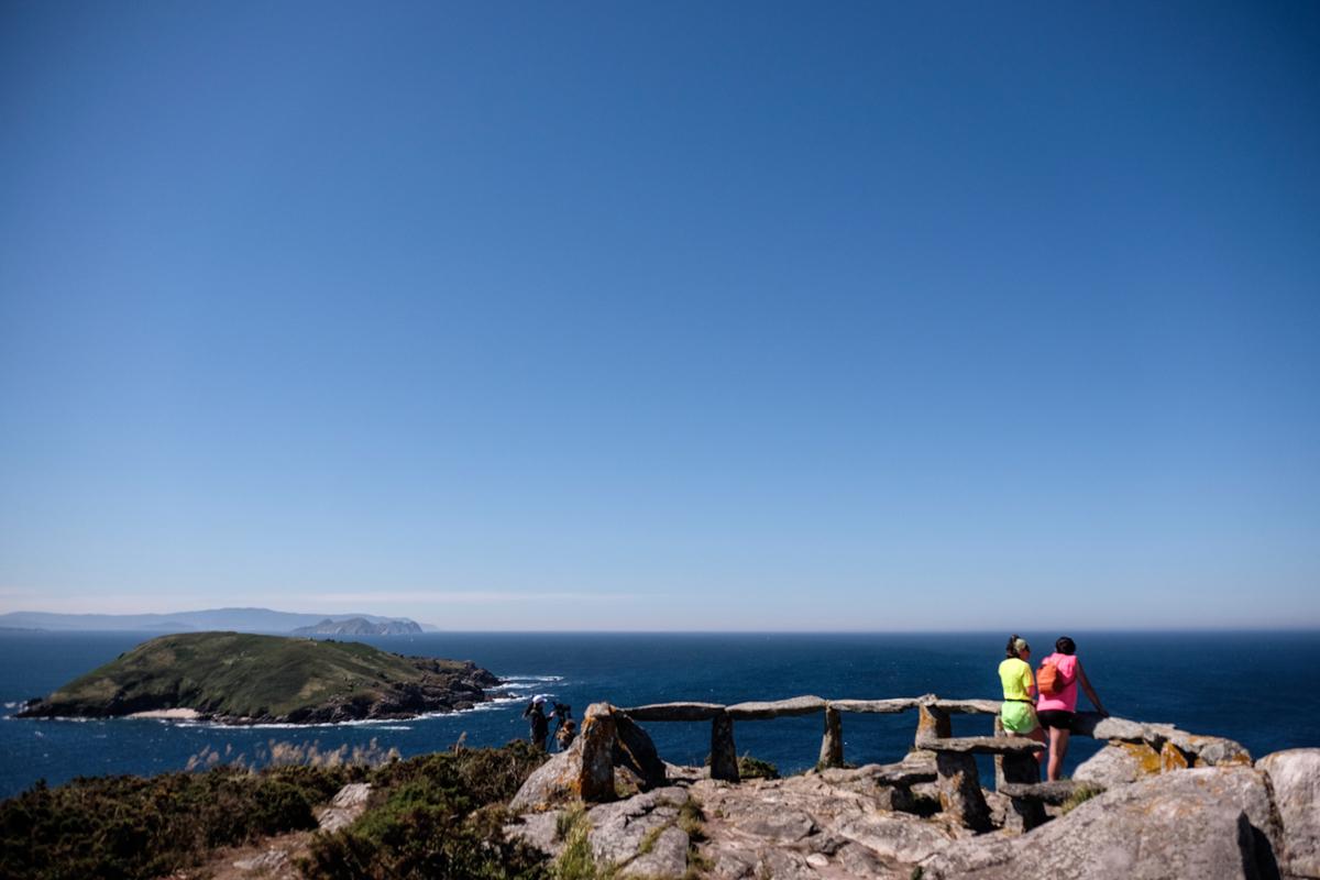Desde el Mirador de Fedorentos se puede ver la Isla de Onza, la otra parte del archipiélago.