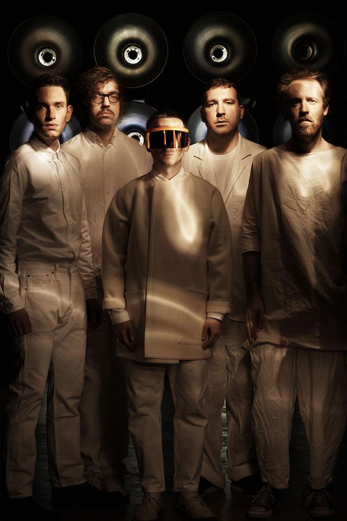 Los británicos electropop Hot Chip actuarán el viernes 29.