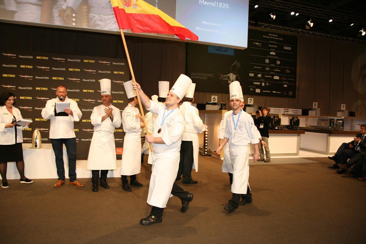 ¡Arriba esa bandera! Foto: Selección Española de Cocina / Facebook