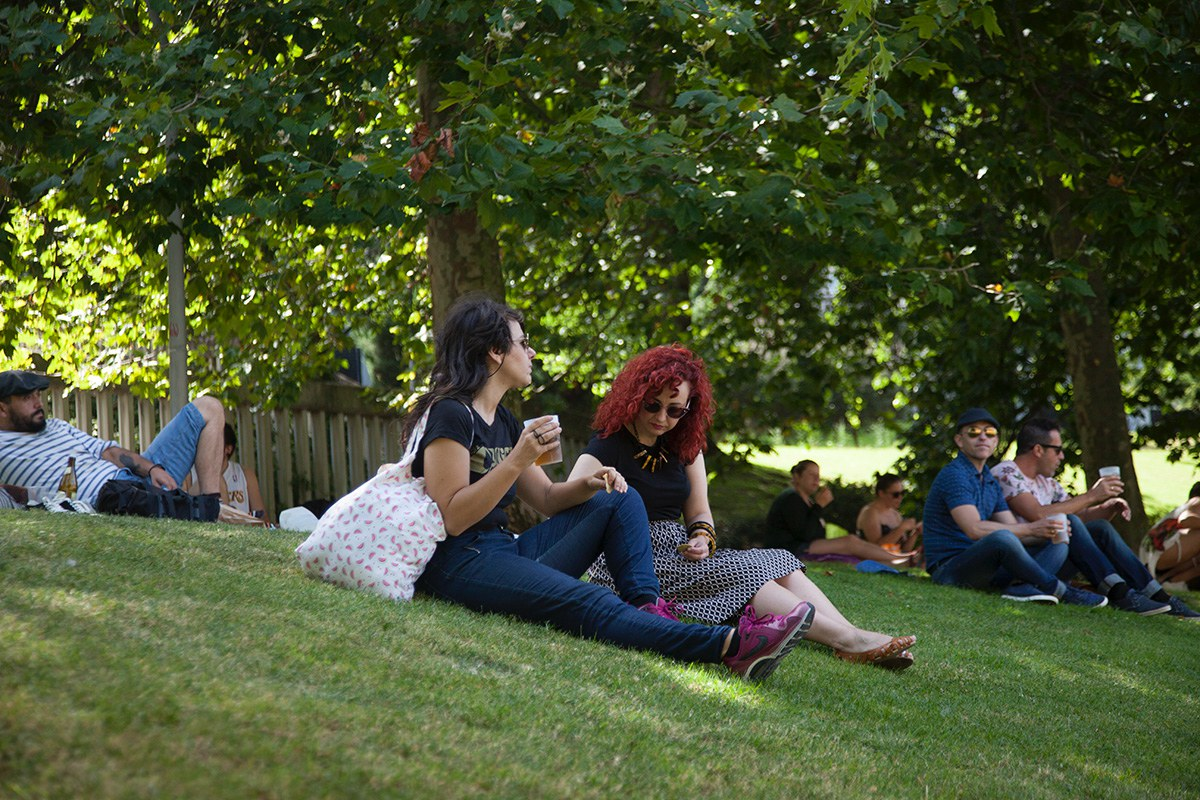 Las cañas entre conciertos son una religión en A Coruña. Foto: Festival Noroeste.