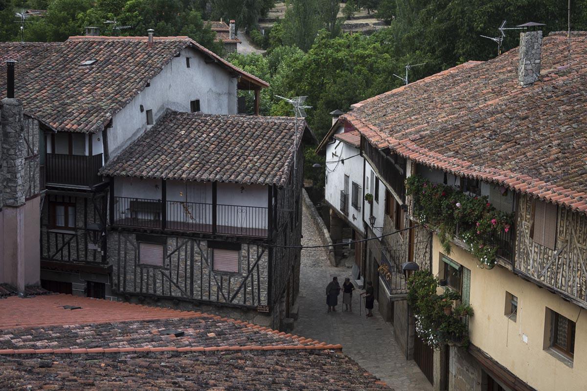 En San Martín del Castañar la vida pasa con otro ritmo. Foto: Manuel Ruiz Toribio
