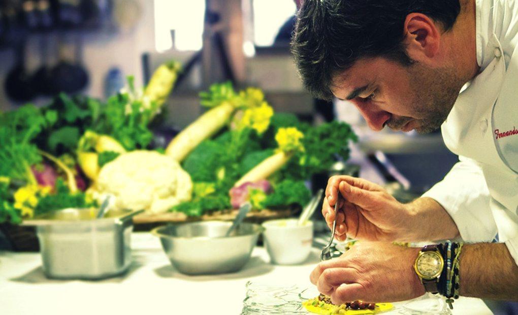 Fernando del Cerro en su cocina.