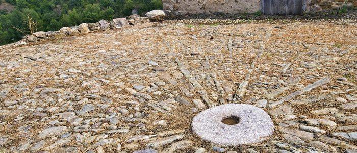 Rueda de molino en el mosaico de Villanueva de Cameros.