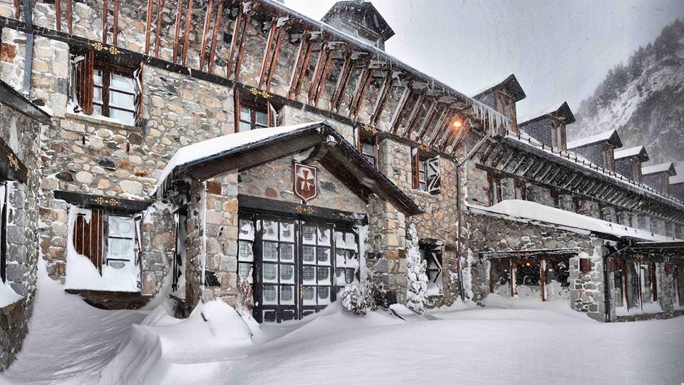 Este hotel siempre ha sido cobijo de los viajeros que cruzaban los Pirineos.