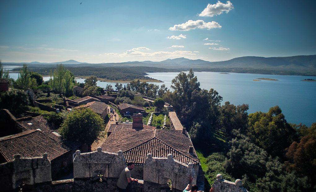 Impresionante vista de la villa desde el castillo.