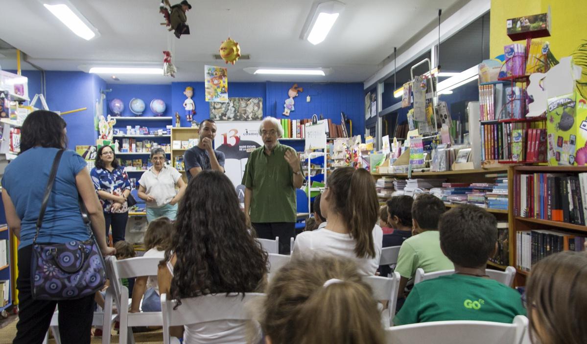 En la Librería Títere. Foto: Cosmopoética.