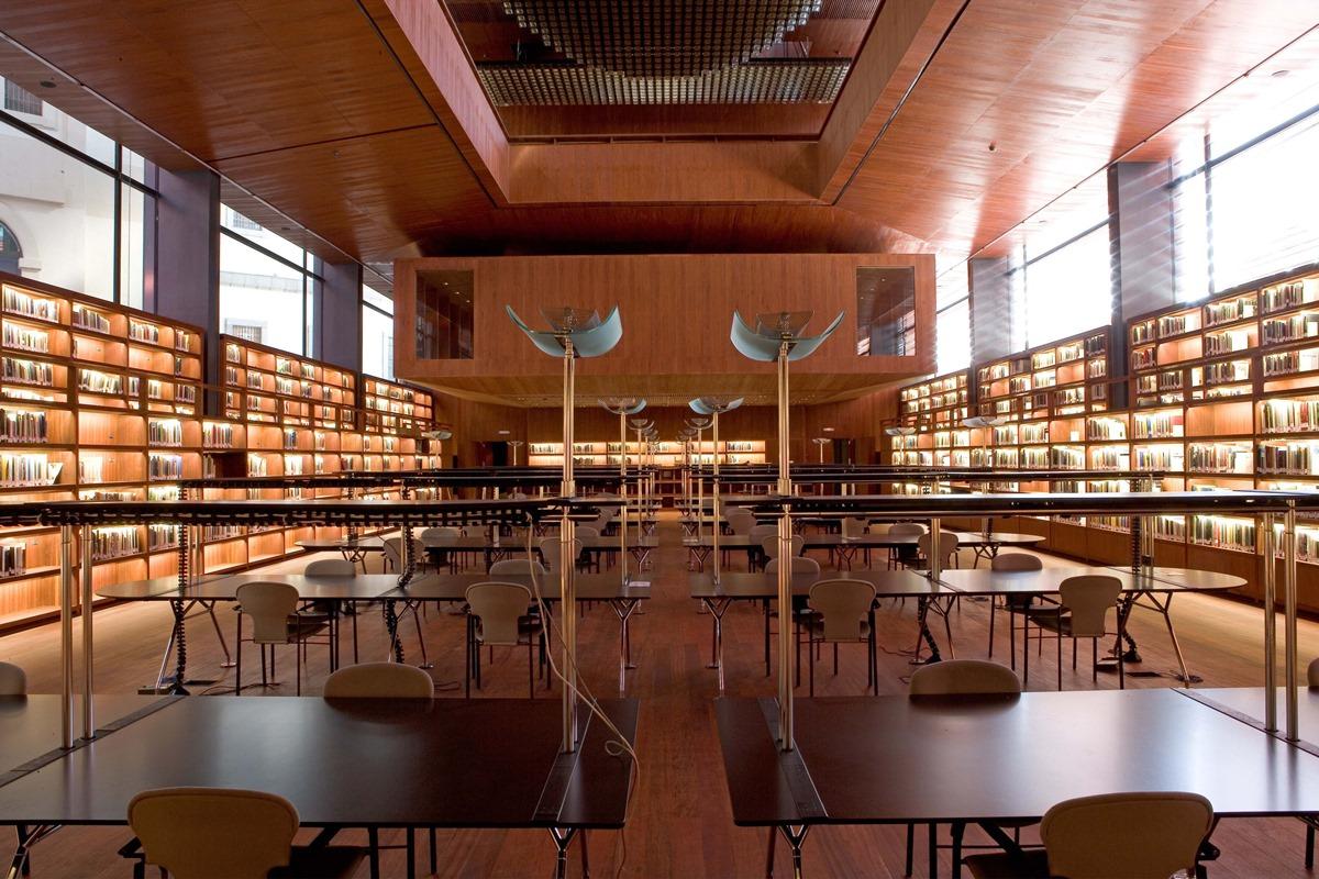 La biblioteca del Museo Reina Sofía, en el Edificio Nouvel. Foto: Joaquín Cortés/Román Lores