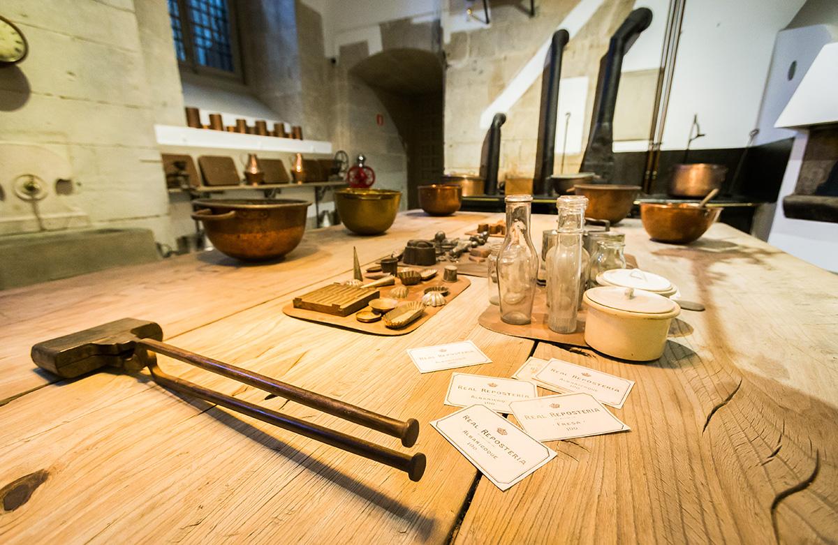 Cocinas Palacio Real: Sala de repostería. Foto: Máximo García