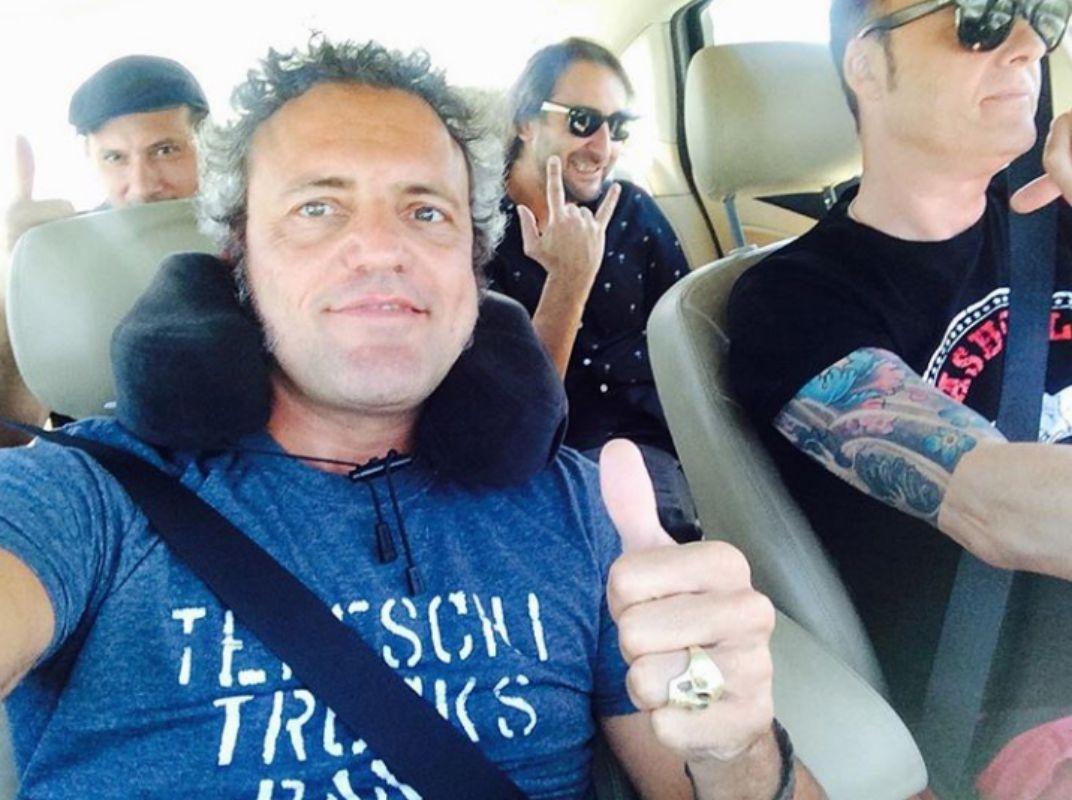 Camino de un concierto en Sevilla. Foto: M Clan.