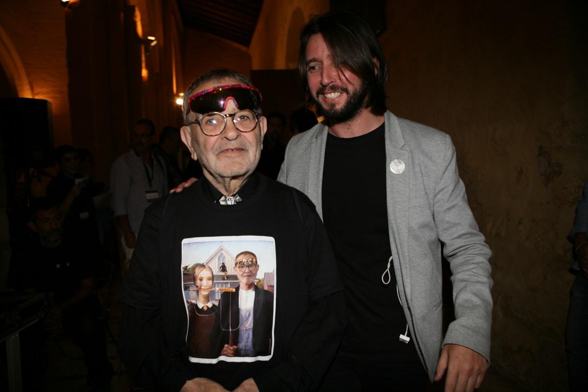 Fernándo Arrabal junto a José Ignacio Montoto, director literario de Cosmopoética. Foto: Manuel Vázquez.