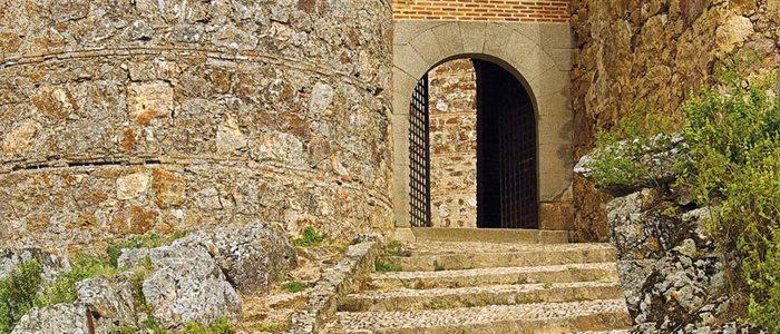 Castillo de Puebla de Alcocer.
