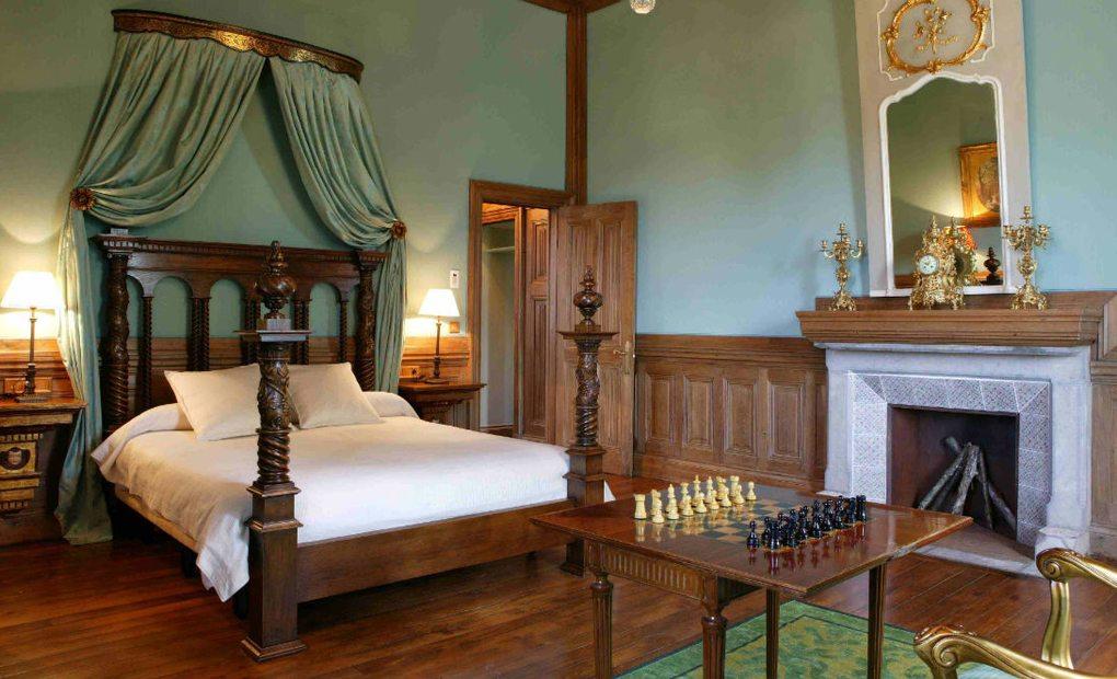 Suite María Eugenia, Castillo de Arteaga. Gautegiz, Bizkaia