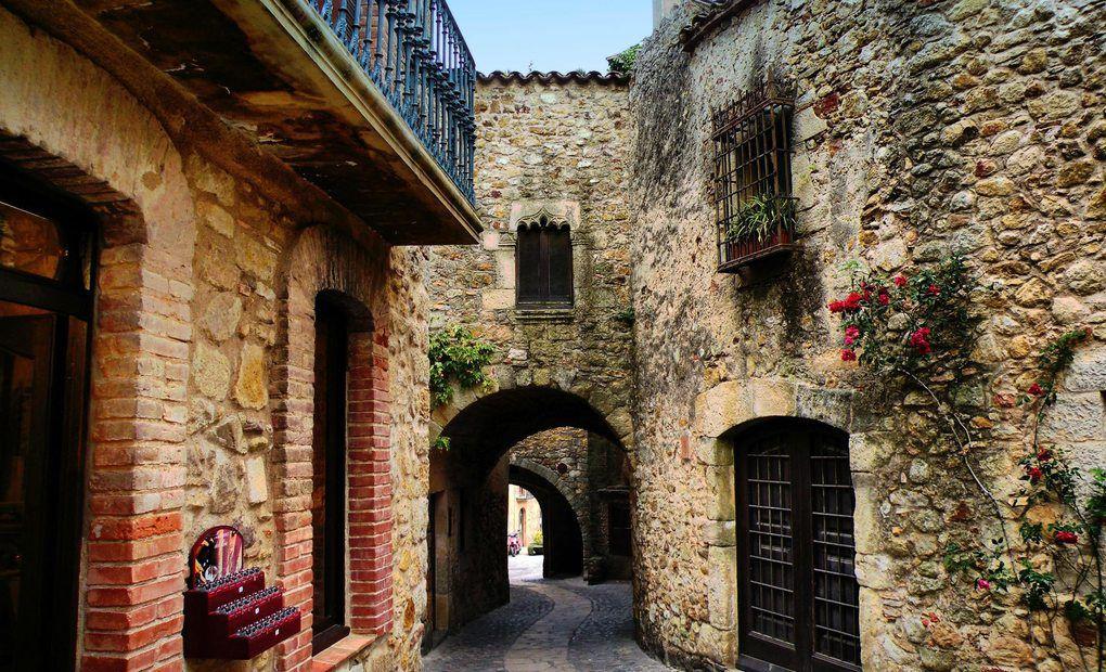 Villa medieval de Pals.