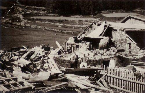 Las lavinas 1951 in las Chasuras Tschierv