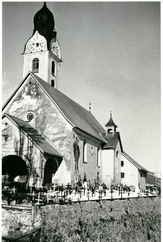 Baselgia parochiala Sumvitg
