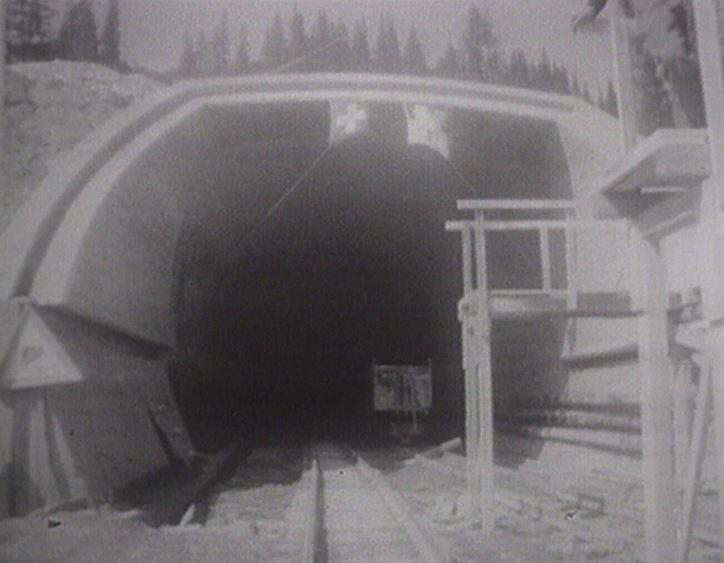 Il tunnel d'autos dal San Bernardino