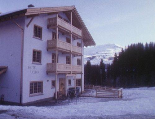 Emprim hotel ecologic da la Svizra a Vuorz