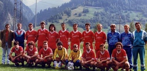 Davosa equipa da ballapei da Rabius, 1990