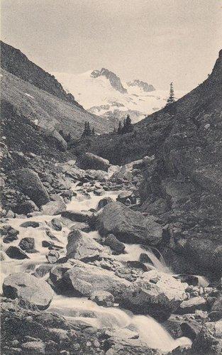 Alp Plattas en Val Medel ier ed oz