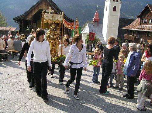 Processiun Nossaduna dalla Glisch Trun