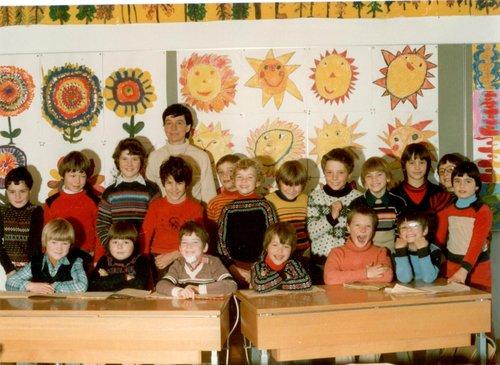 Prüma e seguonda classa primara da Sent, 1979