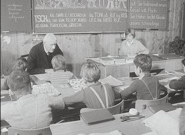 La situaziun dal rumantsch en scola