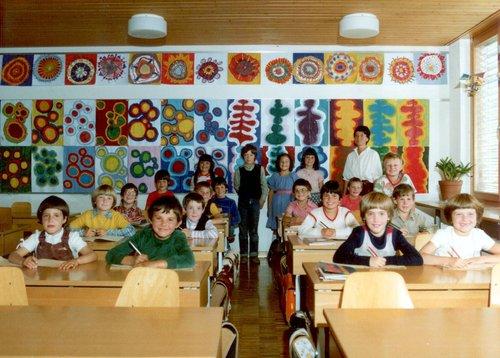 Prüma e segunada classa primar da Sent, 1980
