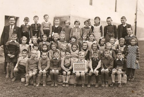 Emprema e secunda classa Mustér 1950/51