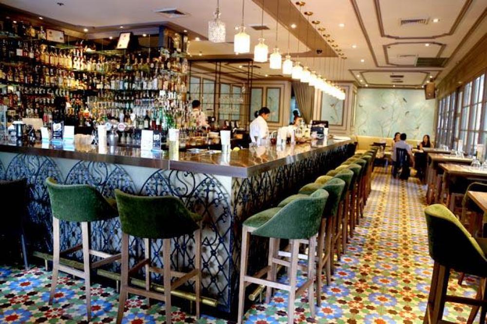 Hyde & Seek Gastro Bar