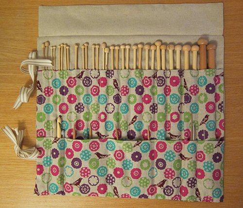 Knitting Needle Case - Tutorial - Guthrie & Ghani
