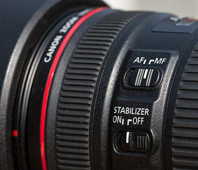 Objektiv mit Schalter für den manuellen Fokus (MF)