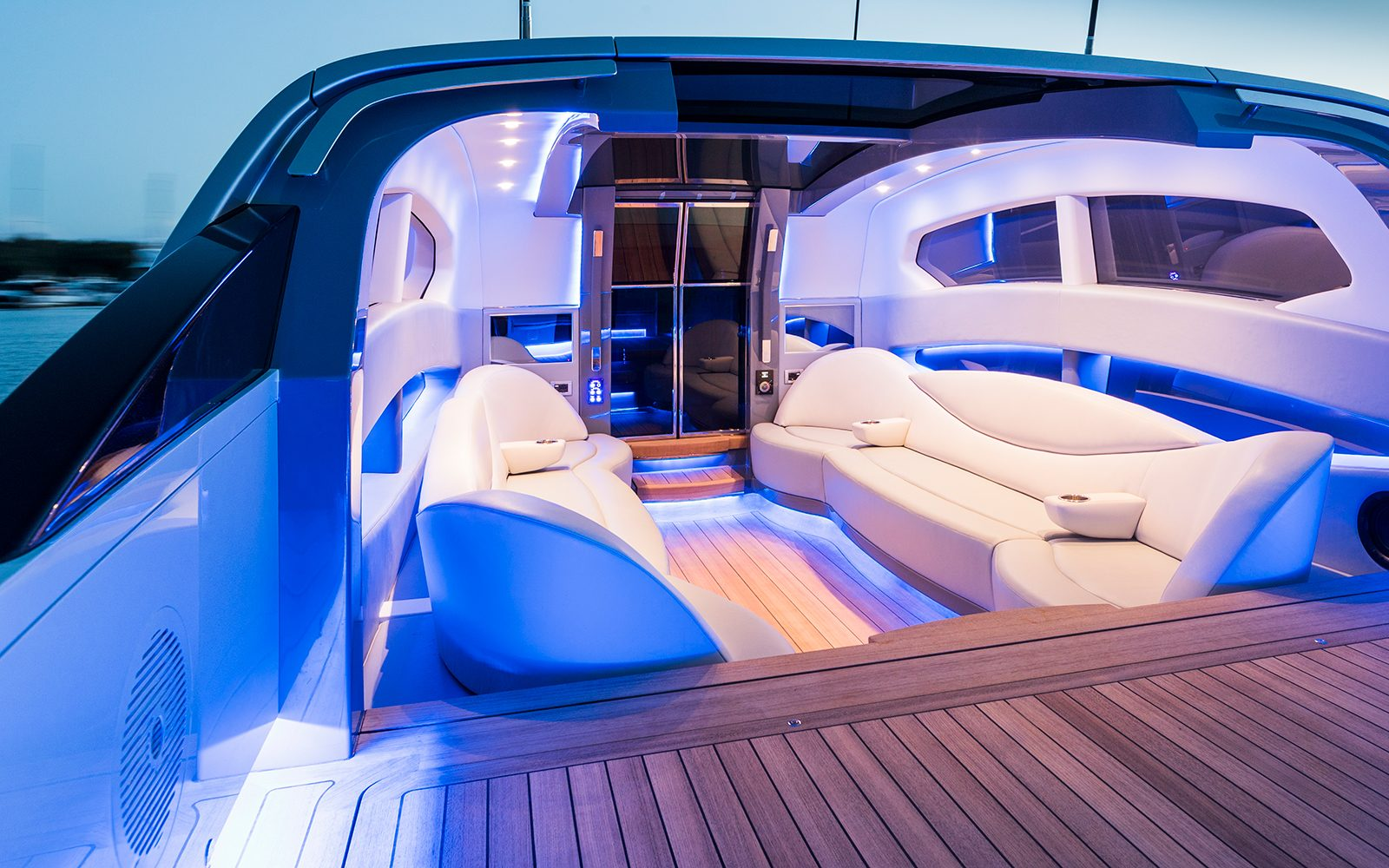 Al Lusail – Open Limo Tender | H2