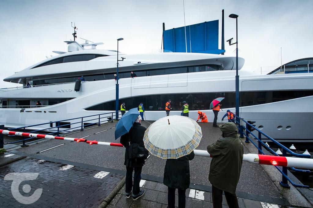 Feadship motor yacht Arrow preparing for sea trials