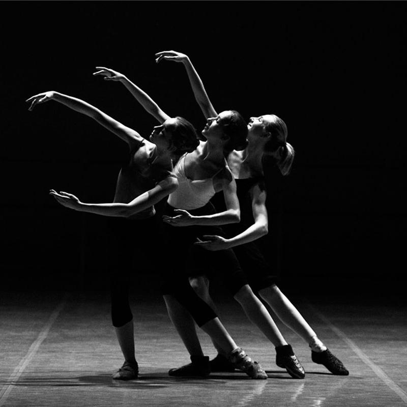 Artes escénicas: textos sobre música y teatro para aprender español