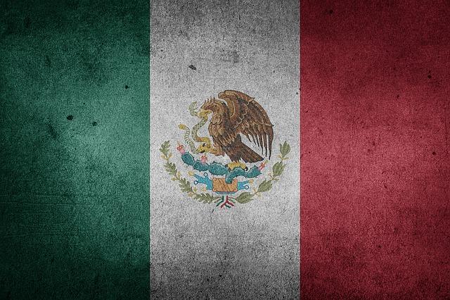 La X de México suena como una J