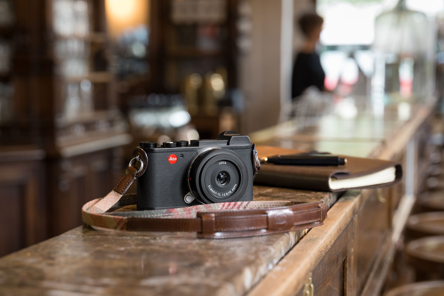 Leica CL for hire