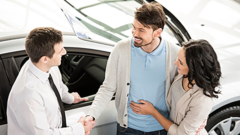 buying-a-new-car---what-you-need-to-know---shaking-on-the-deal