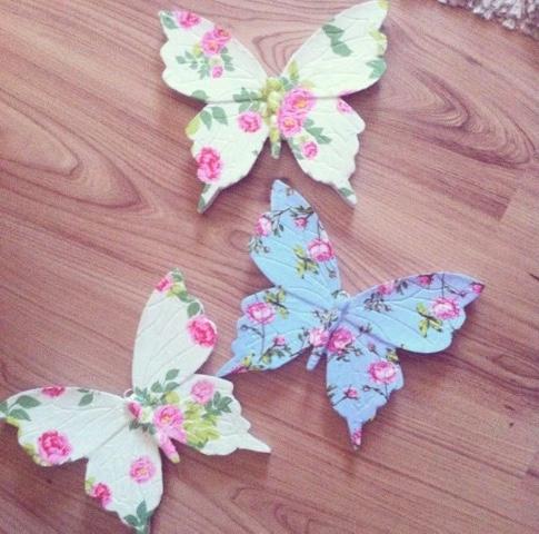 üç boy büyük kelebek set